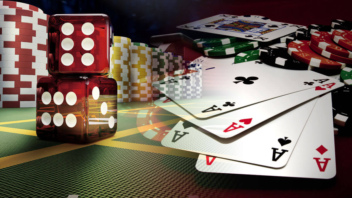 Ultimate Benefits You Can Get While Playing At Poker Domino Online